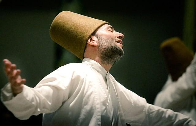 דרוויש רוקד ריקוד טורקי