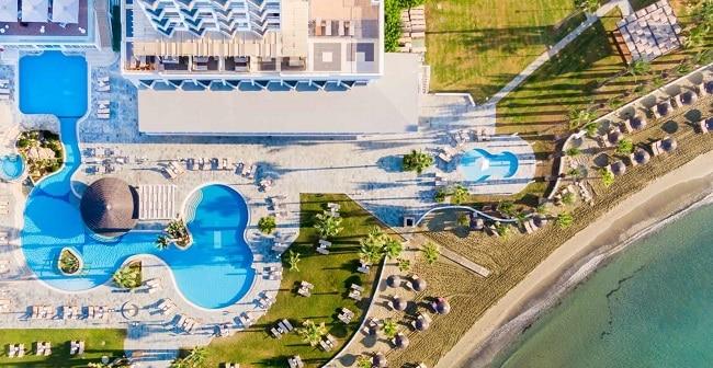 מלון גולדן ביי ביץ' הוטל – Golden Bay Beach Hotel