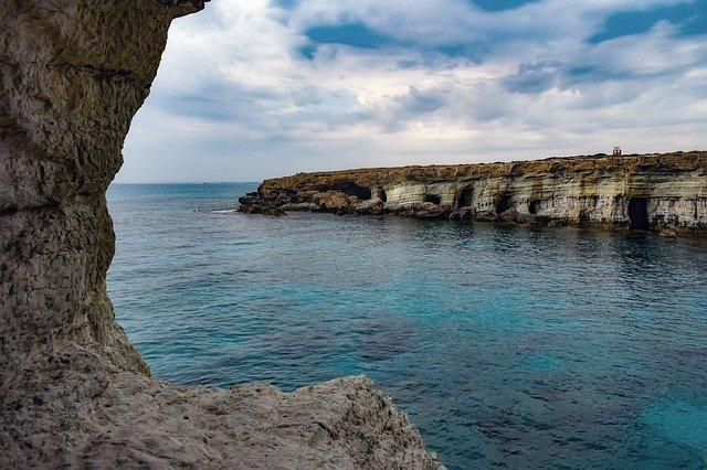 קייפ גרקו - צוקים, סלעים, ים ועולם ומלואו