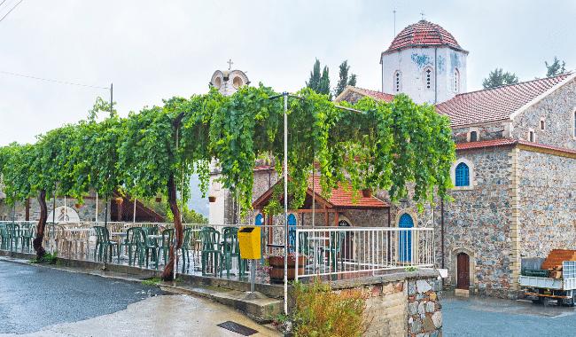 רחוב טיפוסי באגרוס