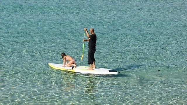 גולשים סאפ במפרץ עץ התאנה