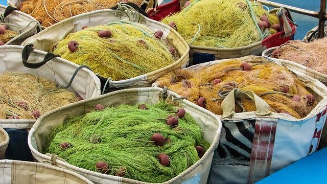 רשתות דייגים בכפר ליופטרי Liopetri