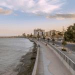 איזור הבילויים Piale Pashia ואיזור נמל הדייגים הישן Psarolimano בלרנקה