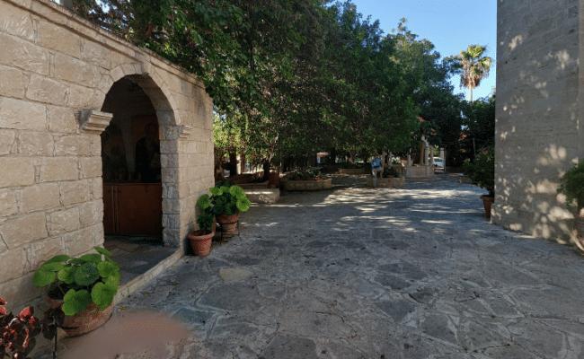 פינת חמד בכפר אפיסקופי
